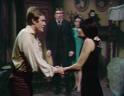 650 dark shadows pj vicki let's go