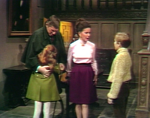 655 dark shadows barnabas amy hug