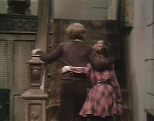 656 dark shadows david amy stairs