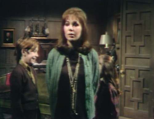 656 dark shadows david maggie expression