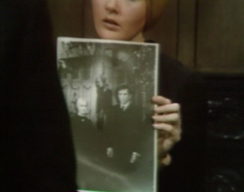 659 dark shadows carolyn vicki barnabas 1