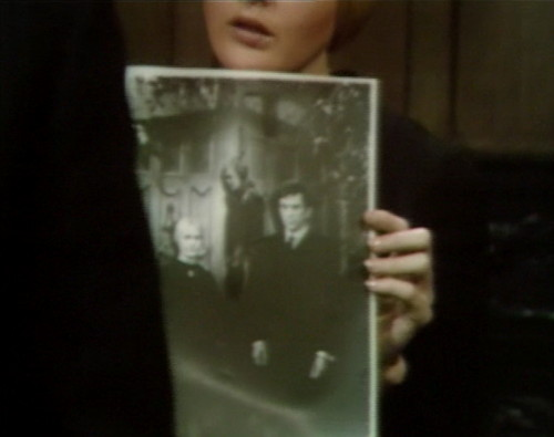 659 dark shadows carolyn vicki barnabas 2