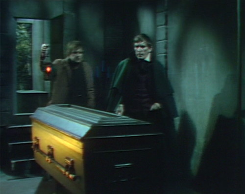 665 dark shadows ben barnabas coffin