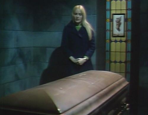 671 dark shadows carolyn coffin