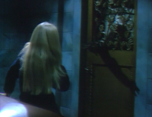 672 dark shadows carolyn werewolf door