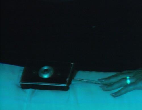 672 dark shadows liz button
