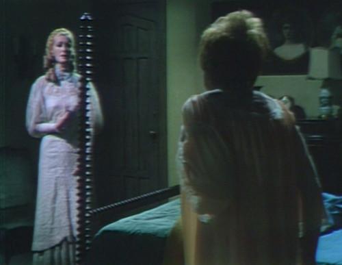 678 dark shadows beth julia ghost