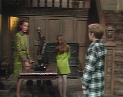 679 dark shadows liz amy david scold