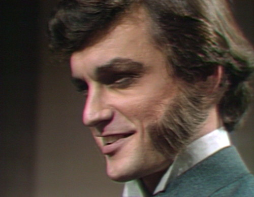 679 dark shadows quentin smile