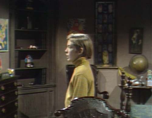 681 dark shadows david alone