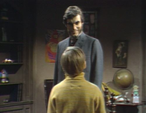 681 dark shadows quentin david ghost