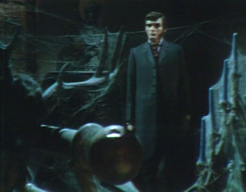 681 dark shadows quentin silent