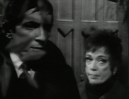 683 dark shadows barnabas julia turning point