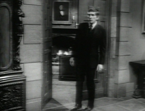 683 dark shadows barnabas perimeter check