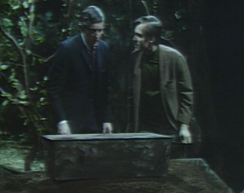 684 dark shadows barnabas chris mystery box coffin