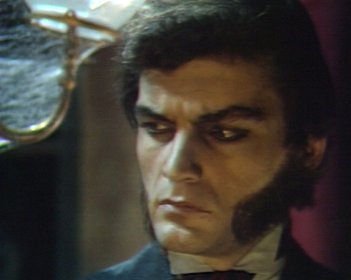 684 dark shadows quentin glare