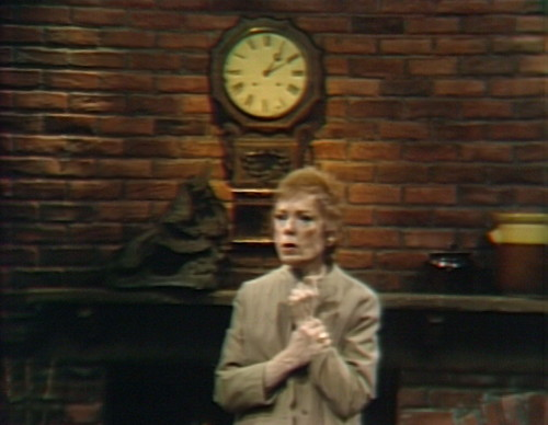 687 dark shadows julia clock