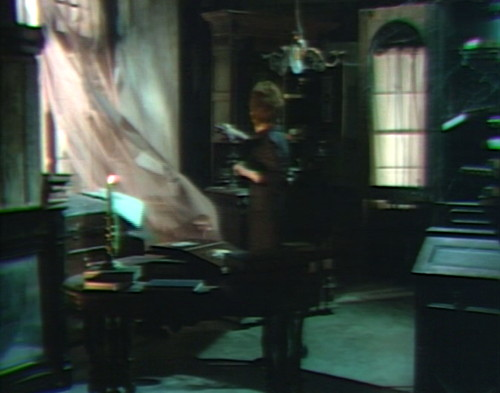 687 dark shadows julia ghost