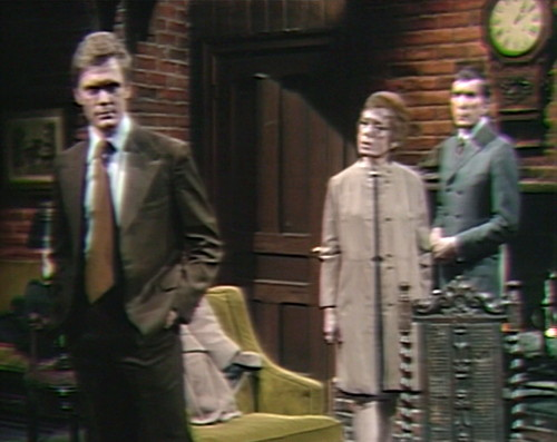 688 dark shadows ned julia barnabas clock