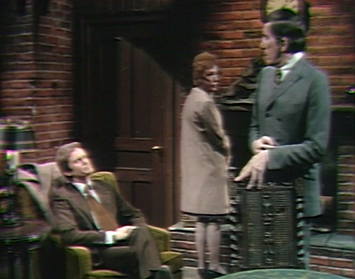 688 dark shadows ned julia barnabas uncomfortable