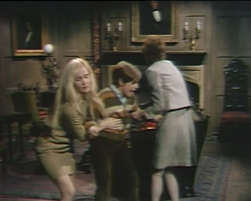 693 dark shadows carolyn david julia crazy