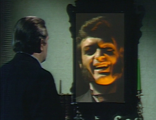 693 dark shadows quentin stokes mirror