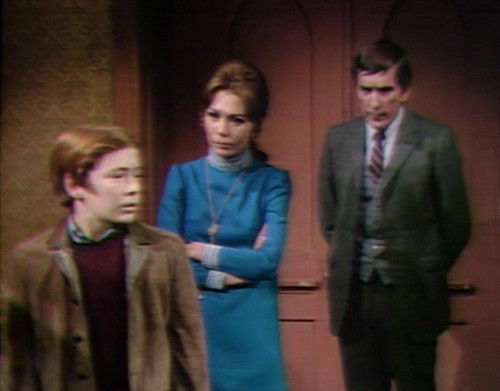695 dark shadows david maggie barnabas debrief