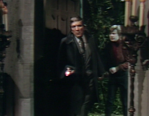 696 dark shadows barnabas willie flashlights