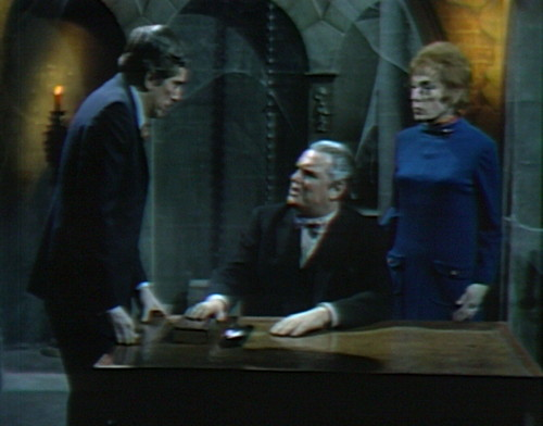 700 dark shadows barnabas stokes julia tell me
