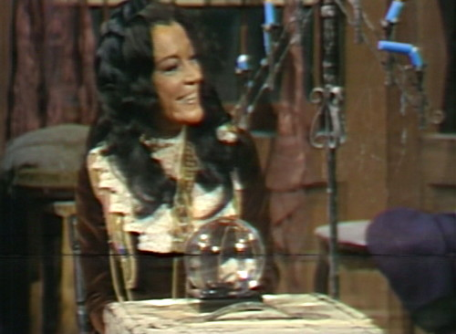 701 dark shadows magda crystal ball