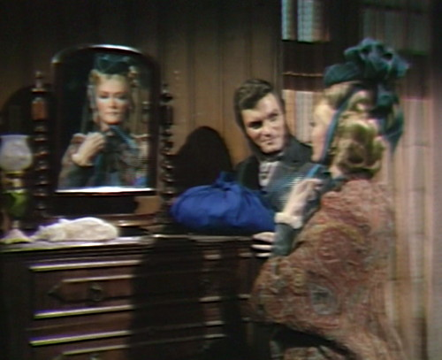 703 dark shadows quentin beth mirror
