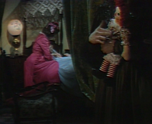 716 dark shadows raggedy ann