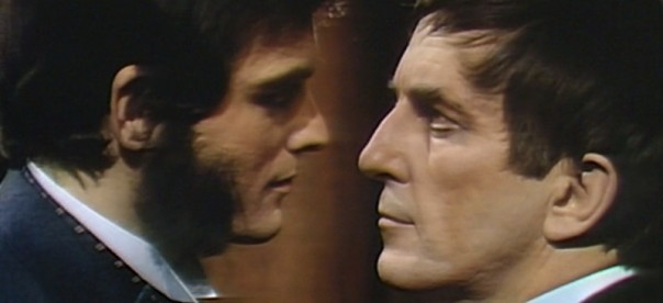 720 dark shadows quentin barnabas kiss