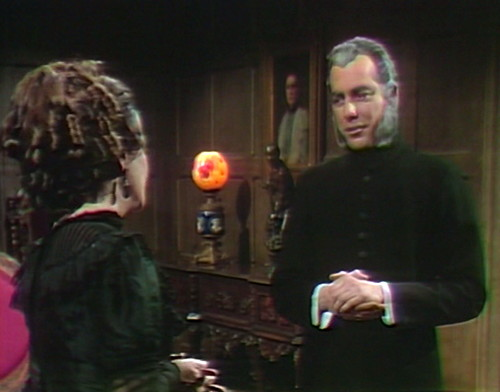 726 dark shadows trask judith camera