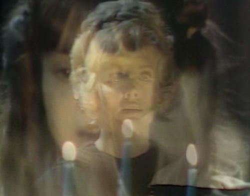 735 dark shadows nora laura candles