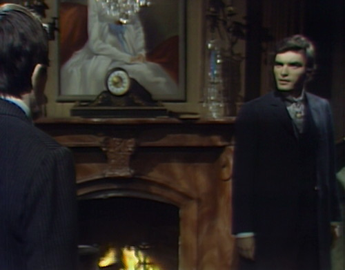 743 dark shadows barnabas quentin point