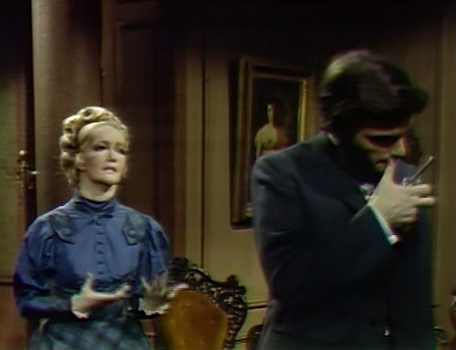 745 dark shadows beth quentin lips