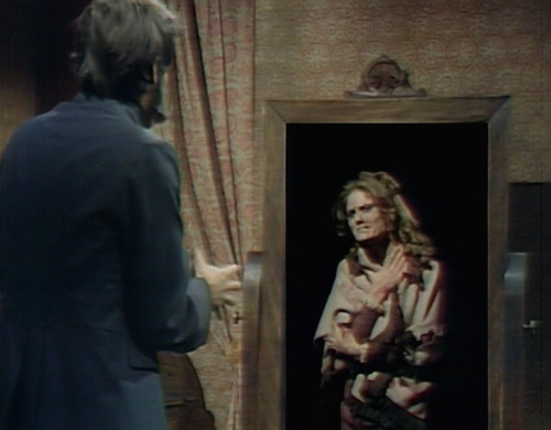766 dark shadows quentin dorcas mirror