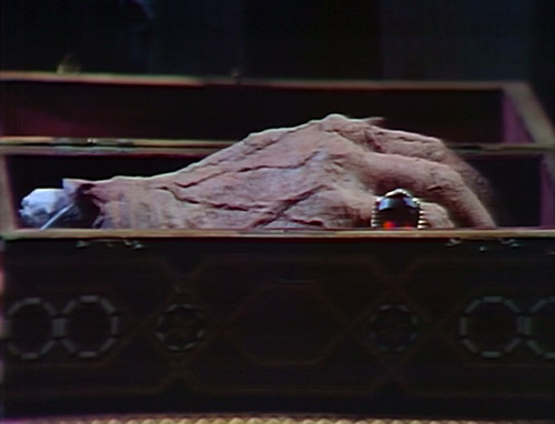 784 dark shadows petofi hand