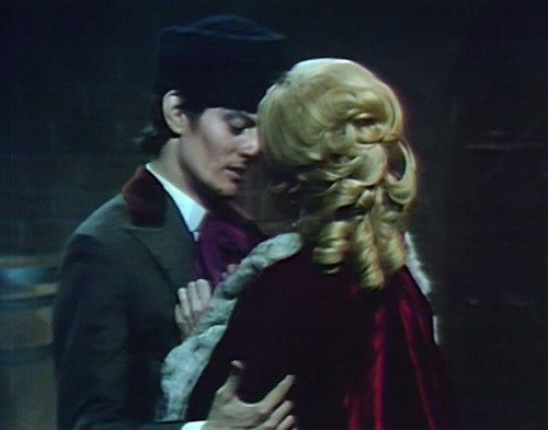 800 dark shadows aristede angelique alone