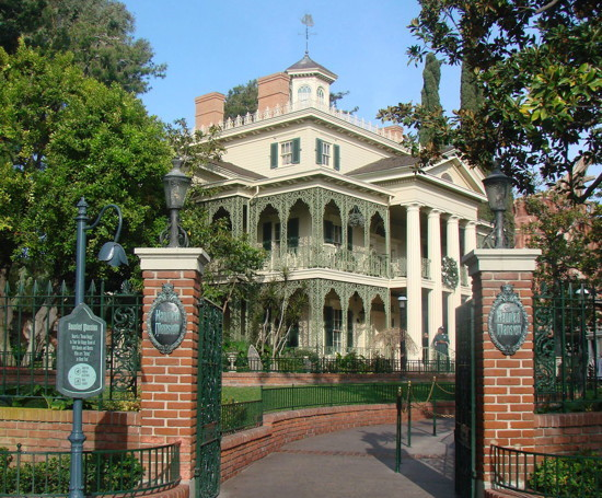 813 haunted mansion exterior 2