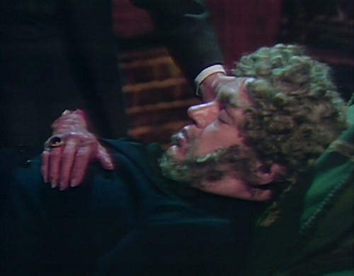 814 dark shadows petofi hand kiss