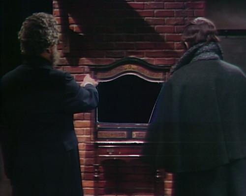815 dark shadows petofi barnabas cupboard