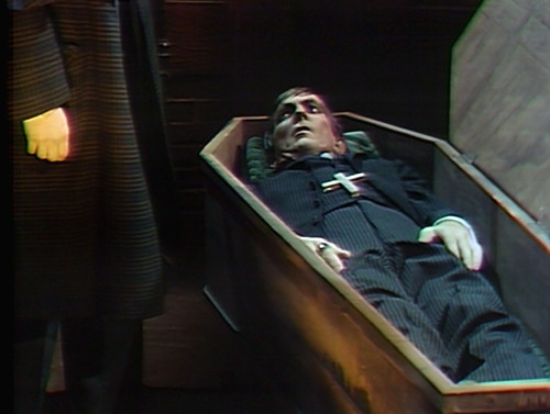 817 dark shadows quentin barnabas coffin