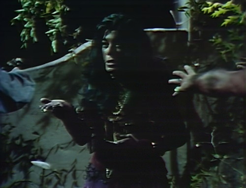 826 dark shadows magda tear