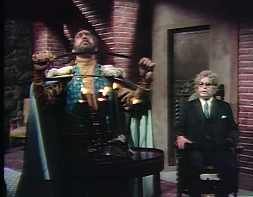 828 dark shadows johnny petofi sword
