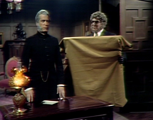 831 dark shadows trask petofi visit