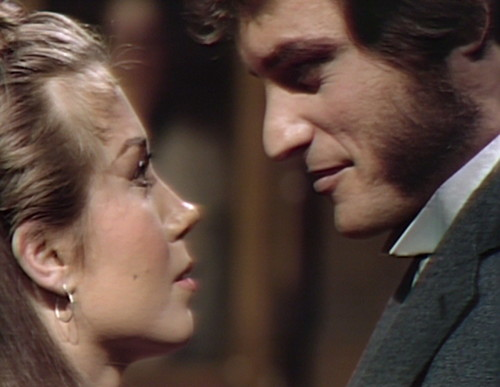 832 dark shadows amanda quentin kiss