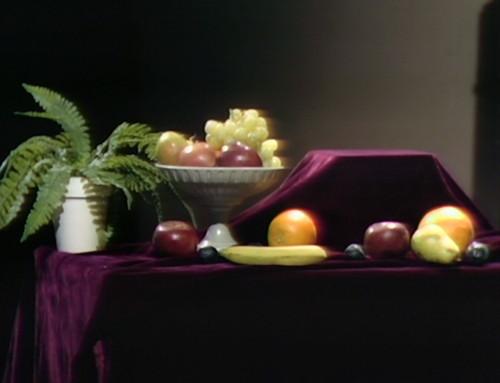833 dark shadows tate fruit