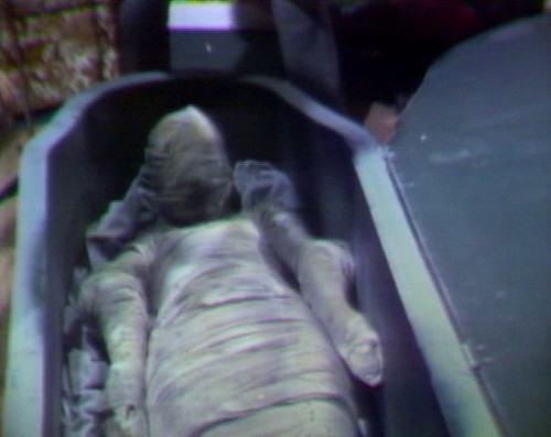 834 dead of night mummy
